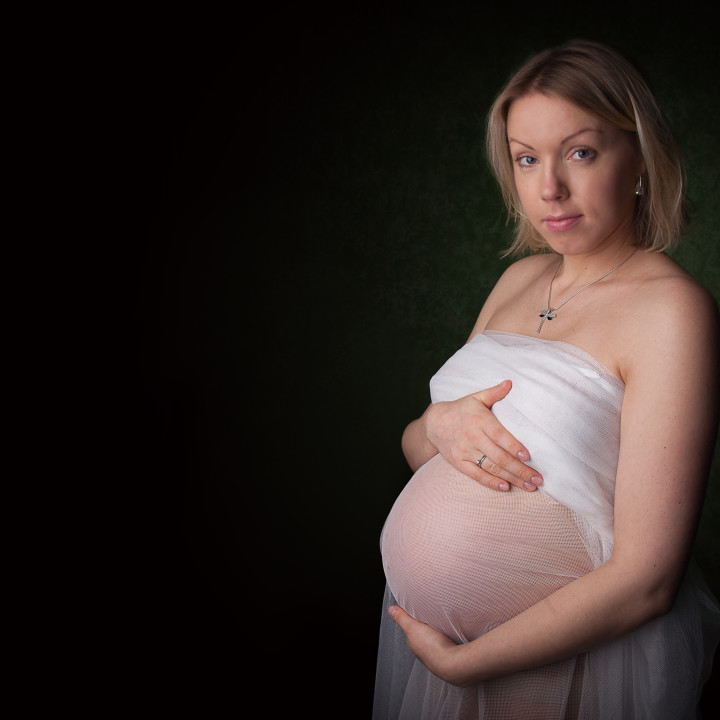 Family in the studio | Maternity photography, Dublin