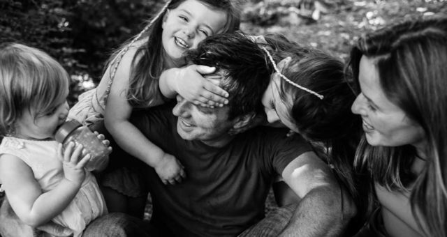 Summer time family sessions | Lifestyle family portrait